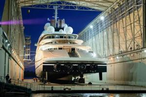 azzam-worlds-largest-yacht_1
